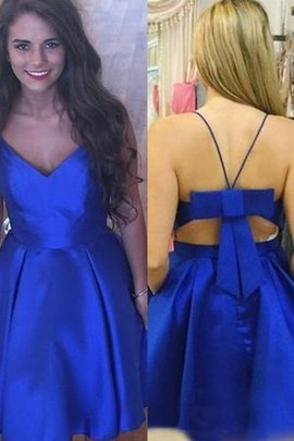 Robe de graduation a-ligne de princesse en satin chaming bref