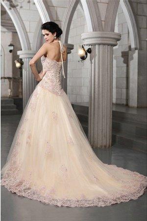 peuvent correspondre au look global de la robe de mariée 9ce2-coc6l-robe-de-mariee-cordon-de-traine-mi-longue-a-ligne-avec-perle-avec-sans-manches
